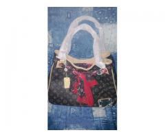 Sehr schöne Luis V. Handtasche